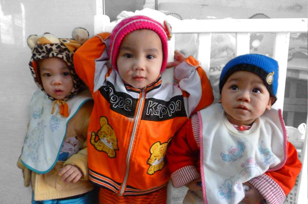 2015 Abandoned children in Hanoi, Vietnam