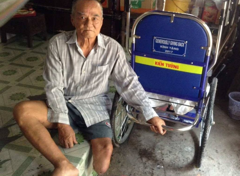 2017-09-lu-van-an-mobile-chair-vietnam (4)